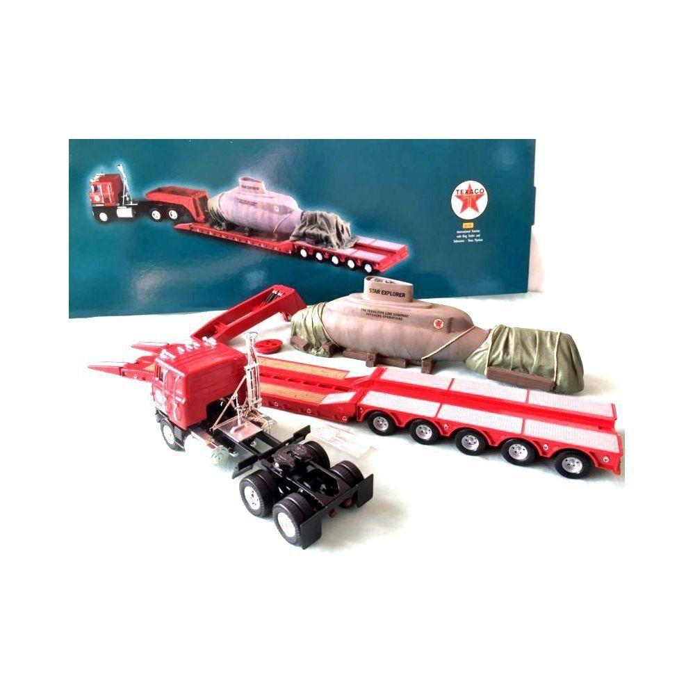 Caminhão International and Submarine Texas 1/50 Corgi