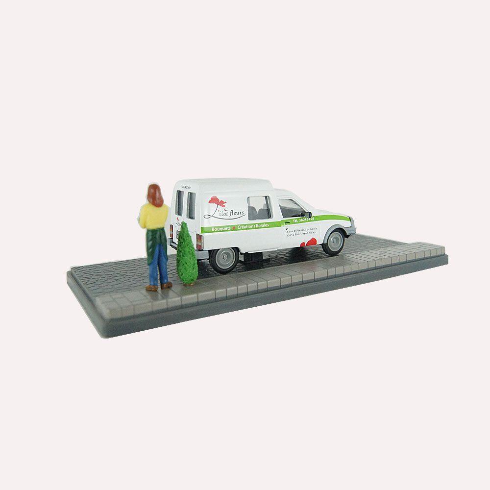 Miniatura Diorama Citroen C15 Florista 1/43 Atlas