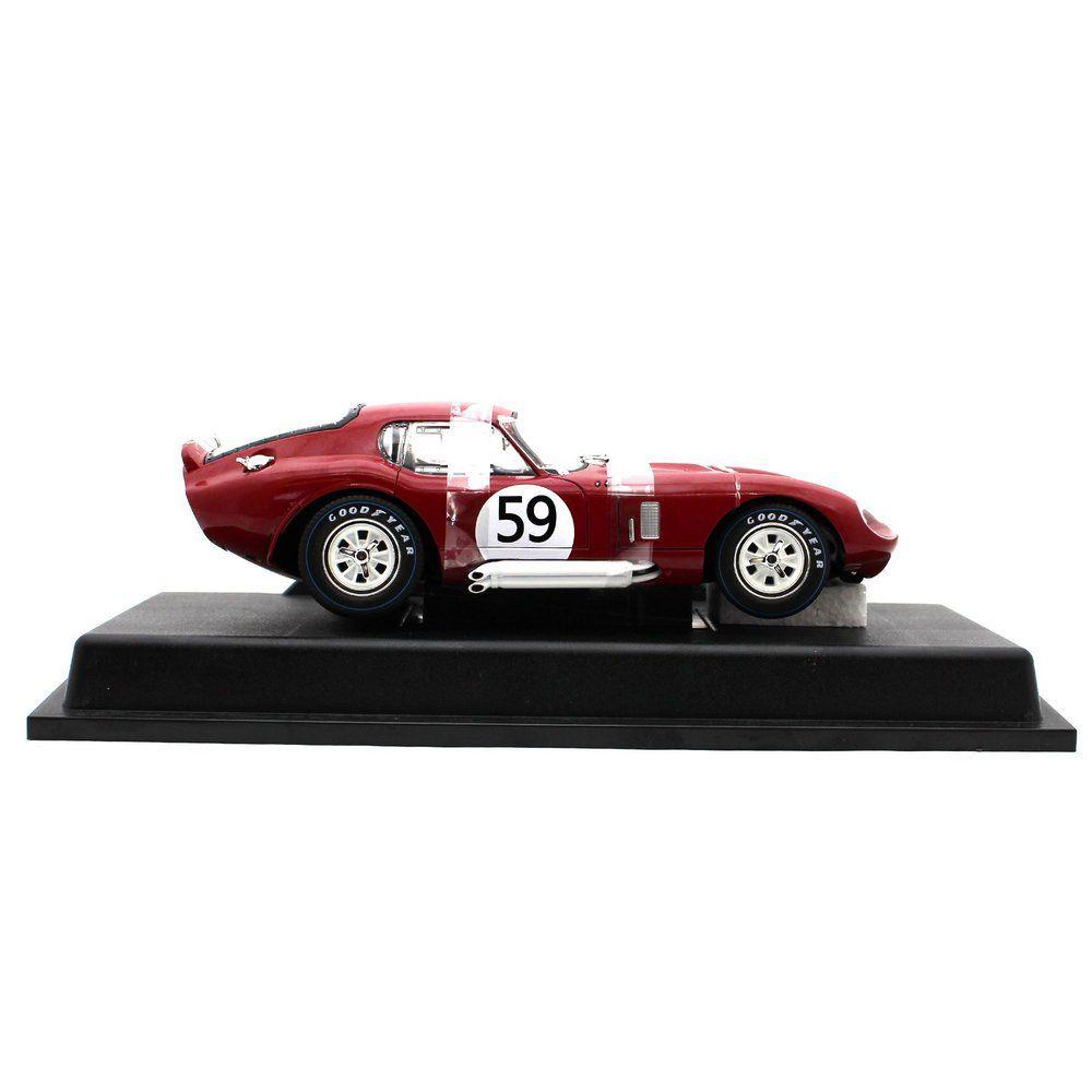 Ford Shelby Cobra Daytona Coupé 4.7L V8 Scuderia Filipinetti N 59 24h Le Mans 1965 Peter Sutcliffe e Peter Harper 1/18 CMR