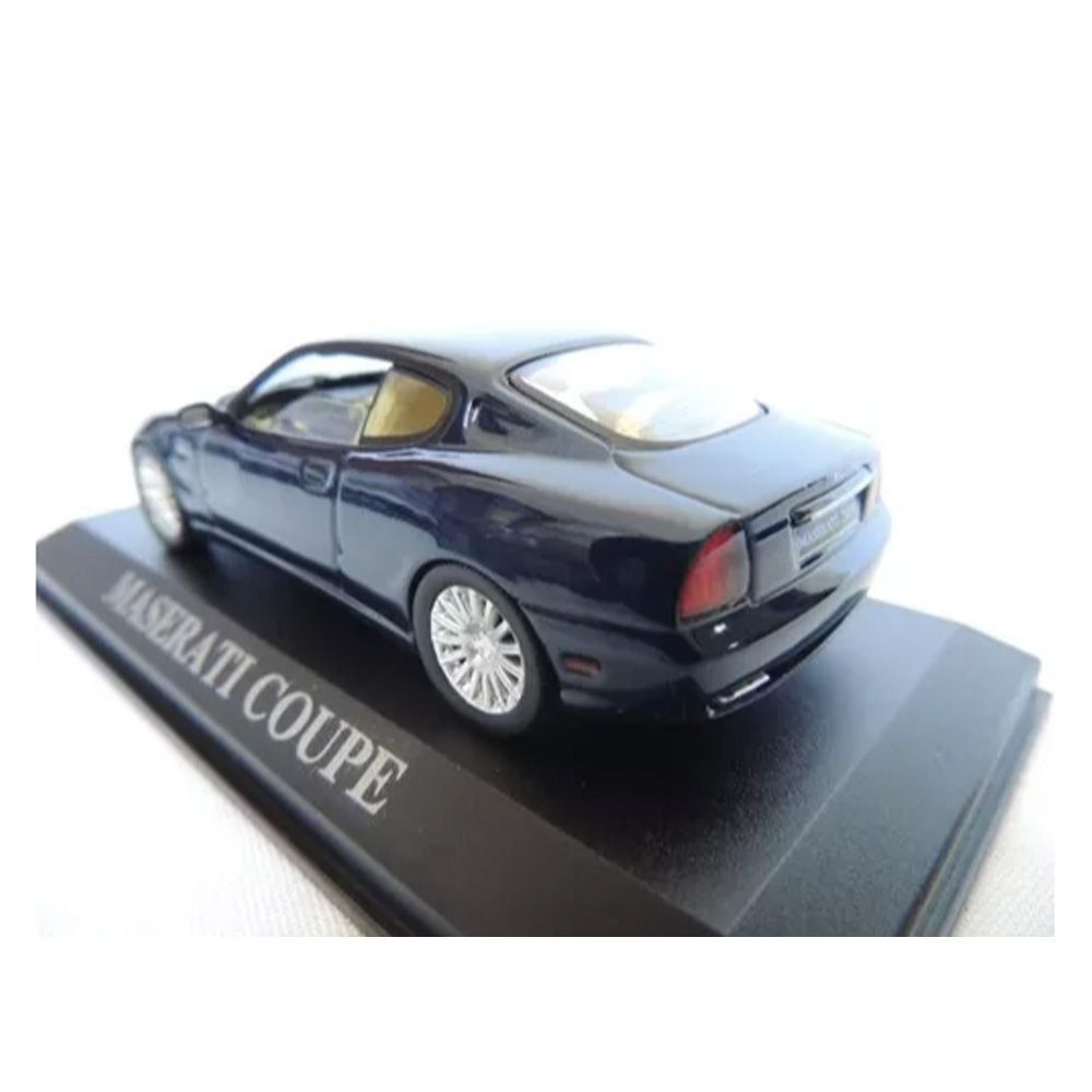 Maserati Coupe 1/43 IXO