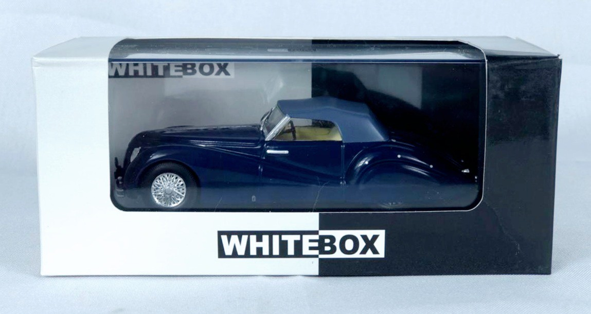 Miniatura Alfa Romeo 6C 2500 SS Spider 1/43 Whitebox