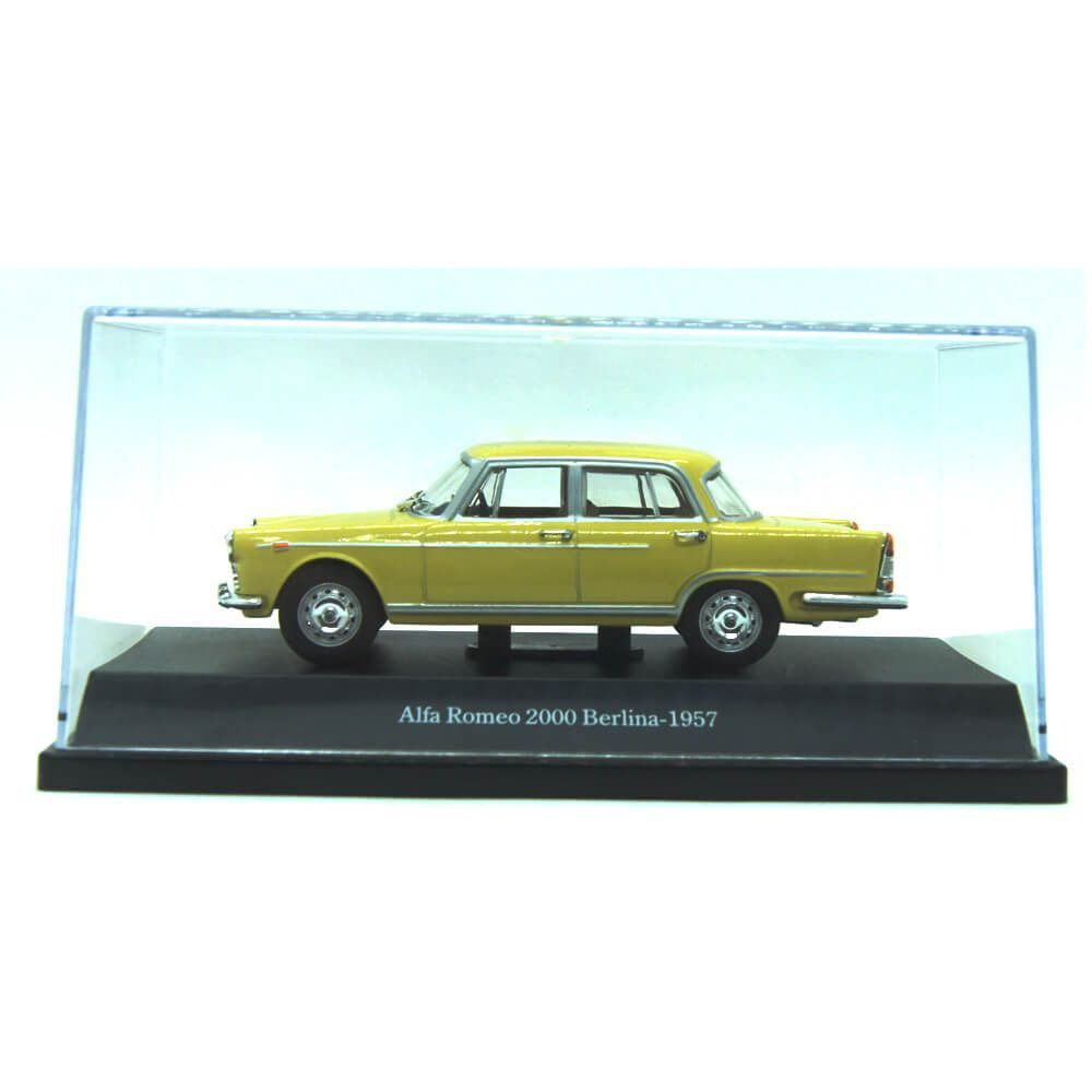 Miniatura Alfa Romeo JK 2000 Berlina 1957 1/43 Starline