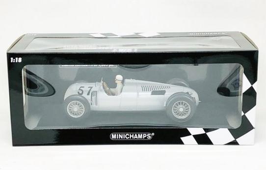 Miniatura Auto Union Typ C #57 H. Stuck Winner Shelsley Walsh Hillclimb 1936 1/18 Minichamps
