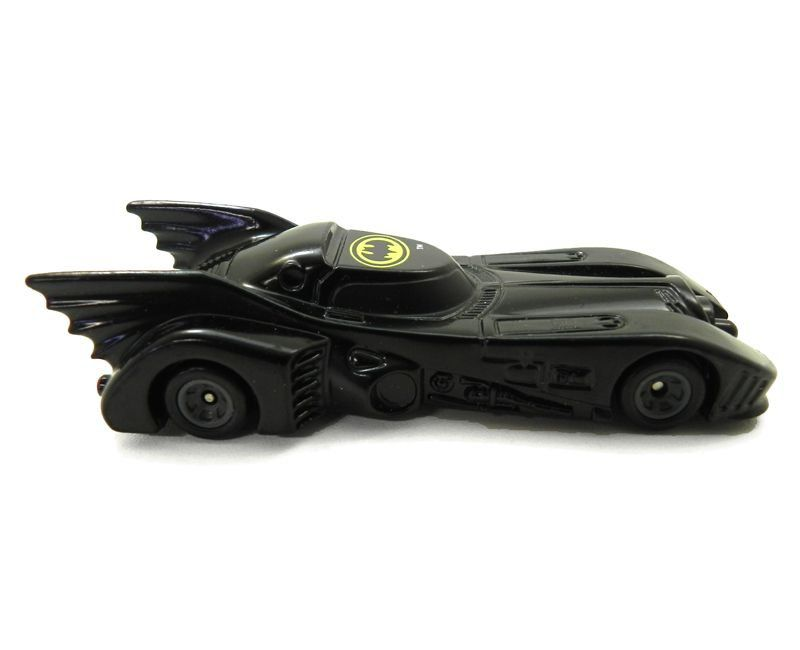 Miniatura Batmovel Batman Returns 1989 1/64 ERTL Código: ERTL1064