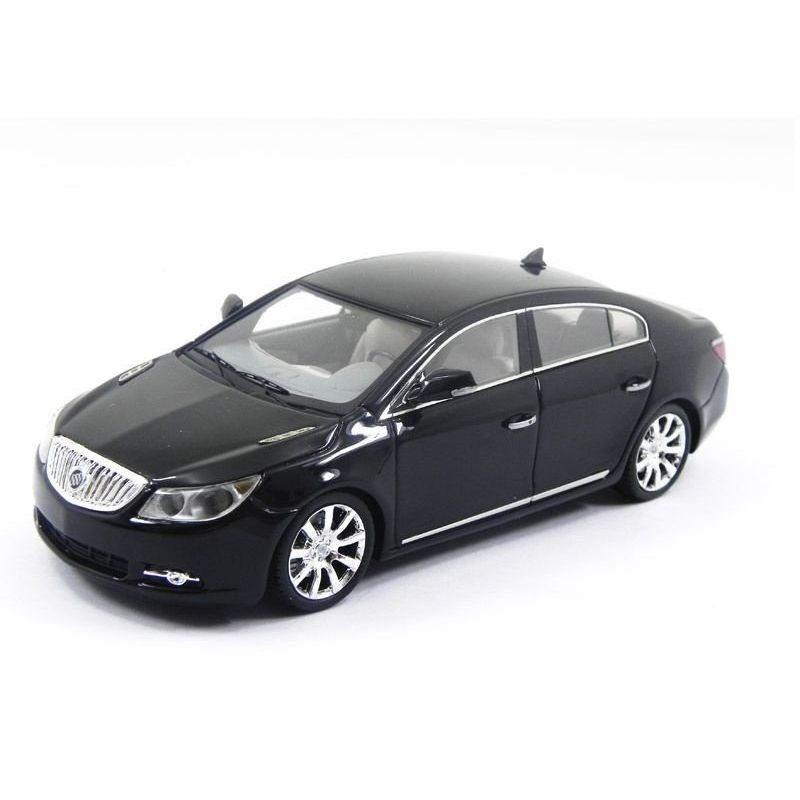 Miniatura Buick Lacrosse Carbon 2011 1/43 Luxury