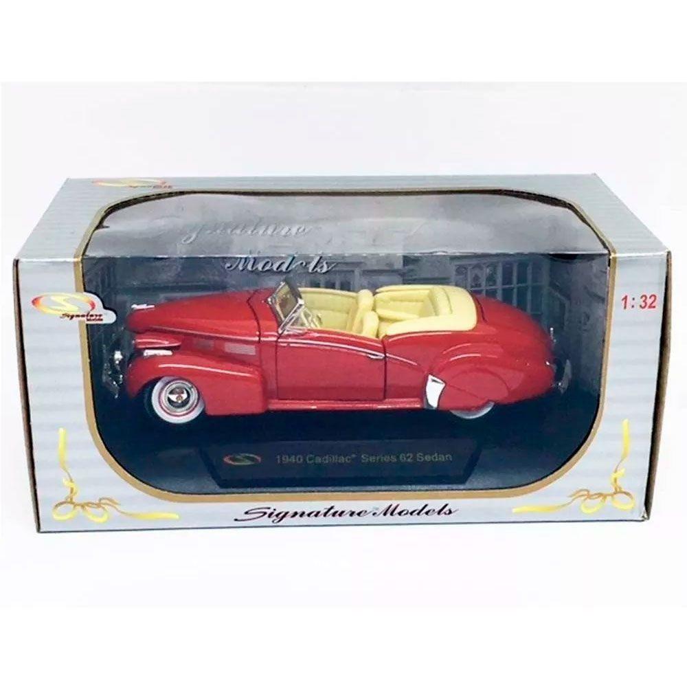Miniatura Cadillac Series 62 Sedan 1940 1/32 Signature