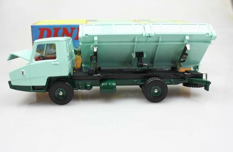 Miniatura Caminhão Basculante Berliet Stradair  1/43 Dinky Toys