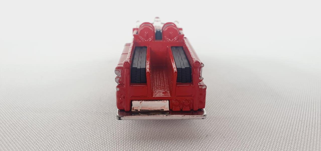 Miniatura Caminhão Bombeiro Seagrave 1/64 Matchbox