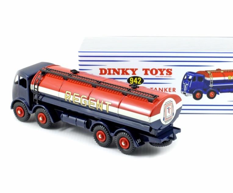 Miniatura Caminhão Foden 14-TON Tanker Regent 1/43 Dinky Toys