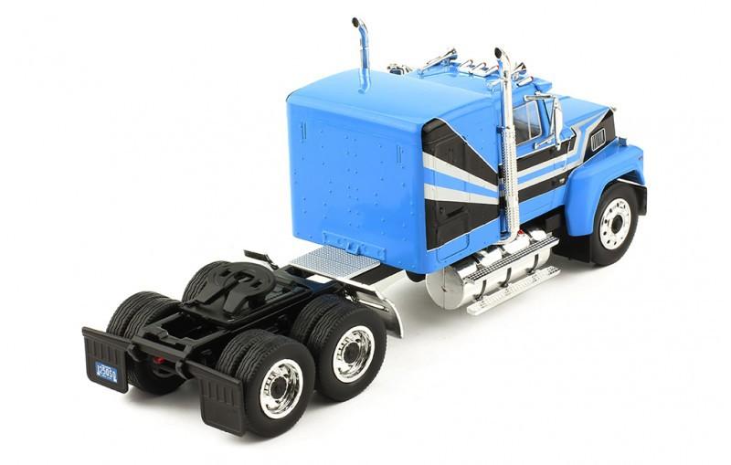 Miniatura Caminhão Ford LTL 9000 1978 1/43 Ixo
