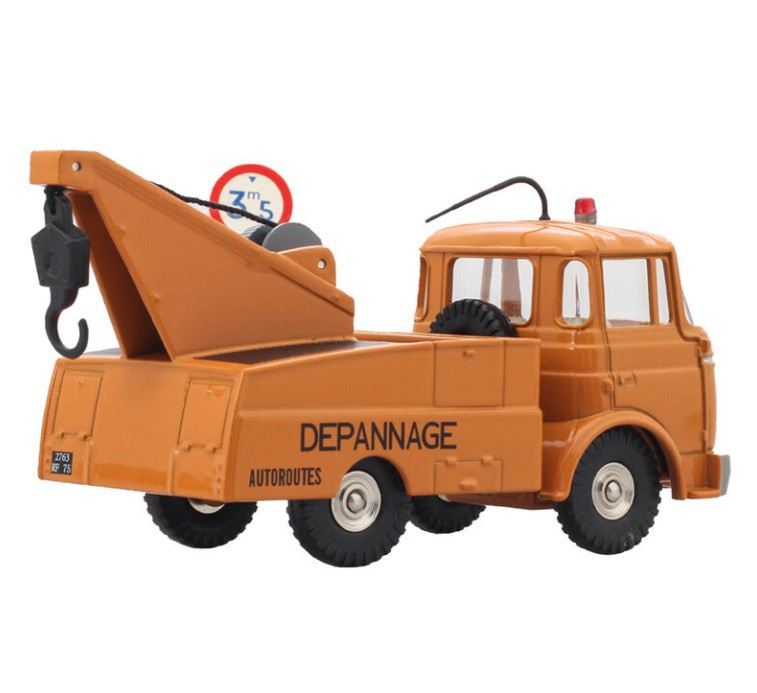 Miniatura Caminhão Guincho Berliet G.A.K. 1/43 Dinky Toys