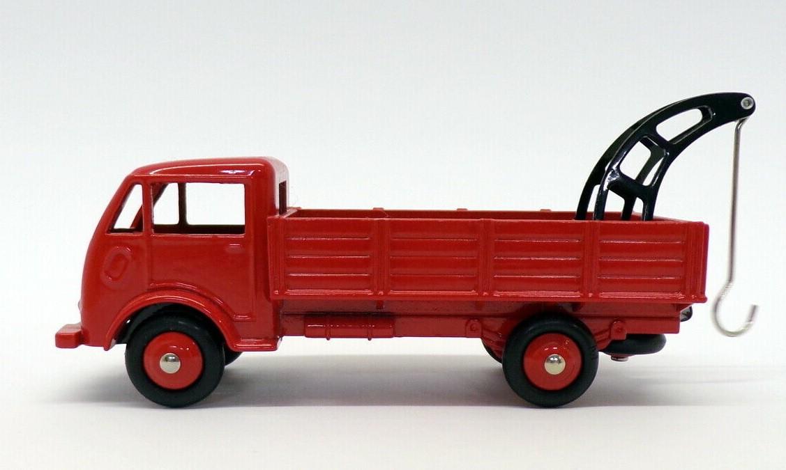 Miniatura Caminhão Guincho Ford Depannage  1/43 Dinky Toys