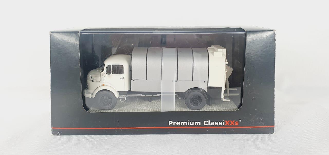 Miniatura Caminhão Mercedes Benz  L911 Mullwagen 1/43 Premium Classixxs