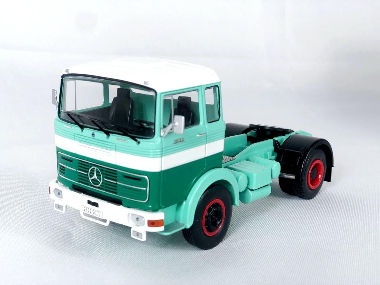 Miniatura Caminhão Mercedes Benz LPS 1970 1/43 Ixo