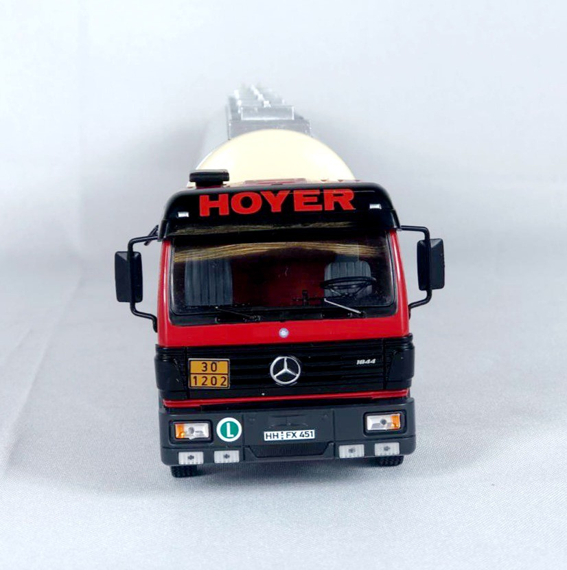 Miniatura Caminhão Mercedes Benz SK 1994 1/43 Ixo