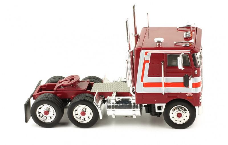 Miniatura Caminhão Peterbilt 352 Pacemaker 1979 1/43 Ixo