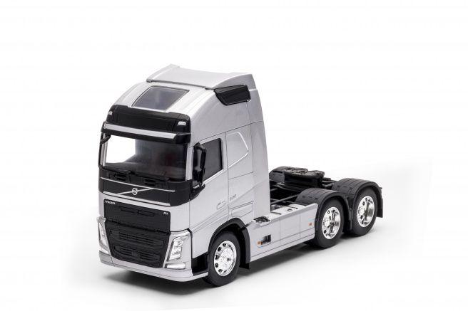 Miniatura Caminhão Volvo FH 500 6X4 1/32 Welly