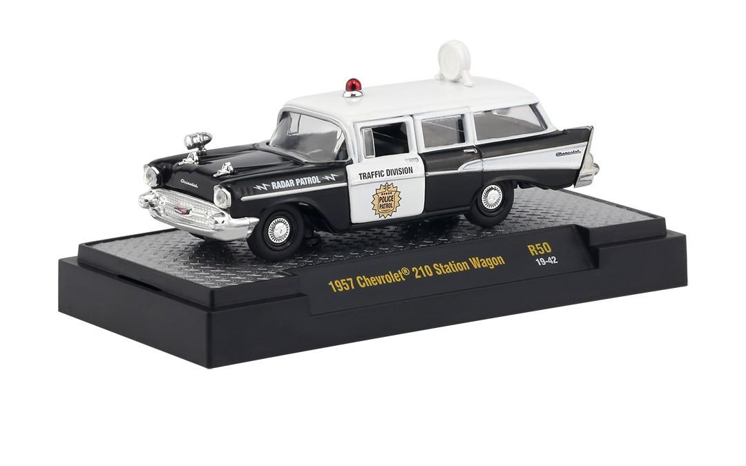 Miniatura Chevrolet 210 Station Wagon 1957 Polícia 1/64 M2