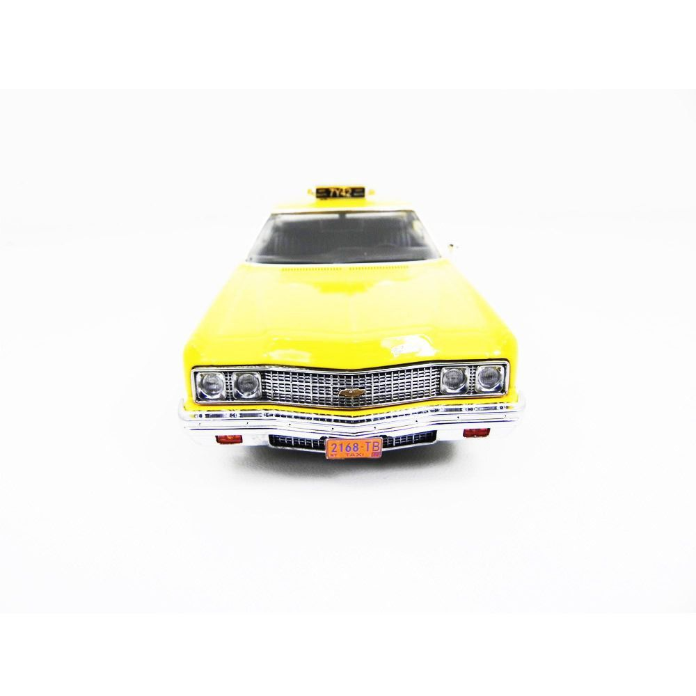 Miniatura Chevrolet Bel Air New York Taxi 1973 1/43 Premiumx