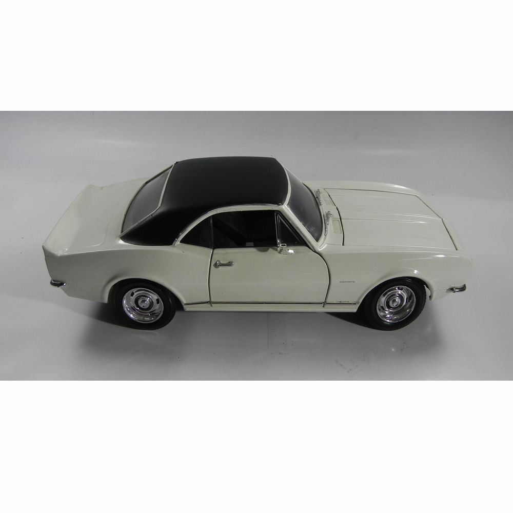 Miniatura Chevrolet Camaro Z-28 1967 1/18 Yat Ming