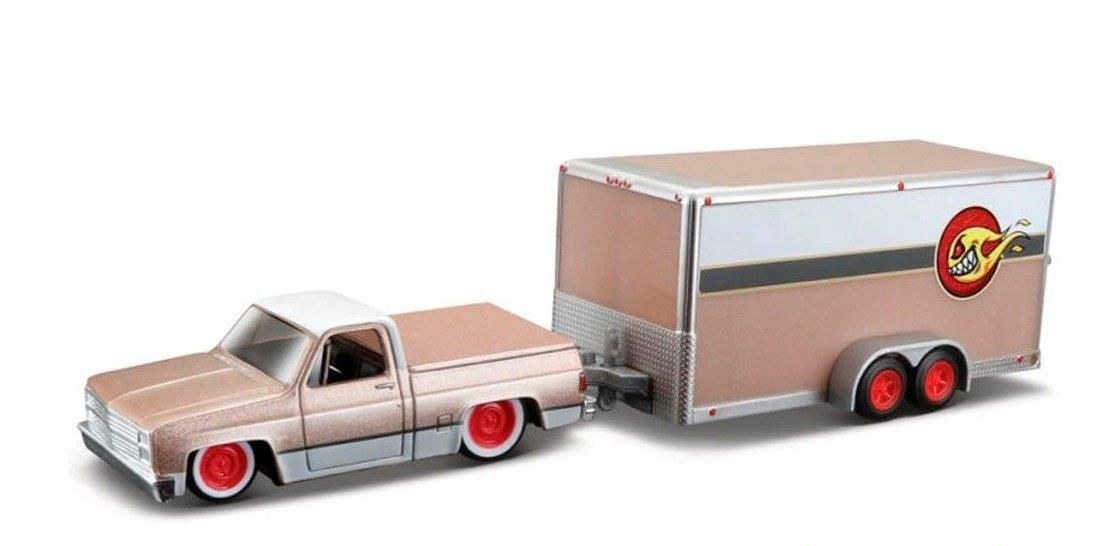 Miniatura Chevy 1500 1987 Trailer Design Elite Transport 1/64 Maisto