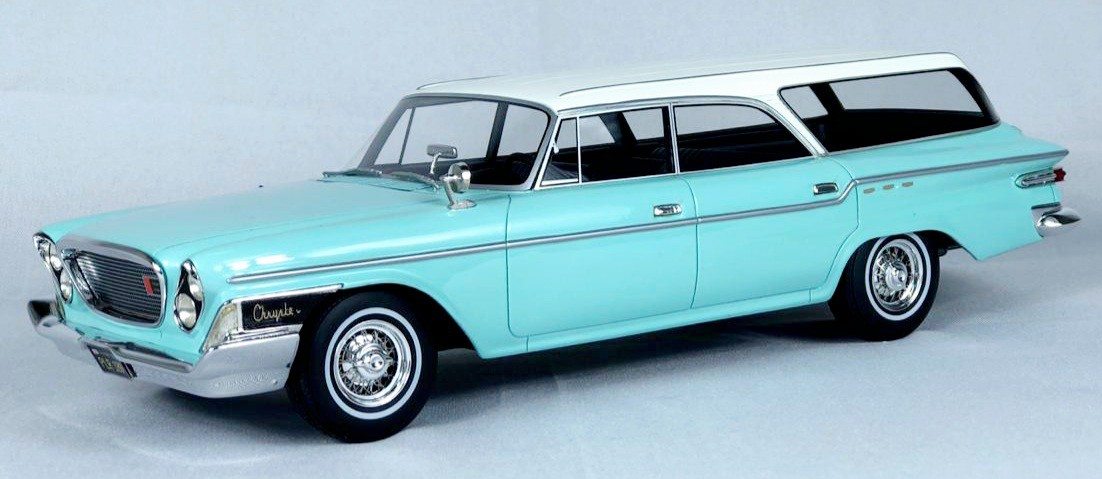 Miniatura Chrysler Newport Town & Country Wagon 1/18 Bos Best of Show