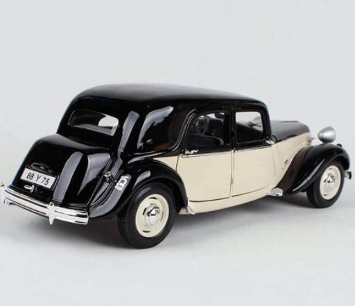 Miniatura Citroen 15CV 1952  1/18 Maisto