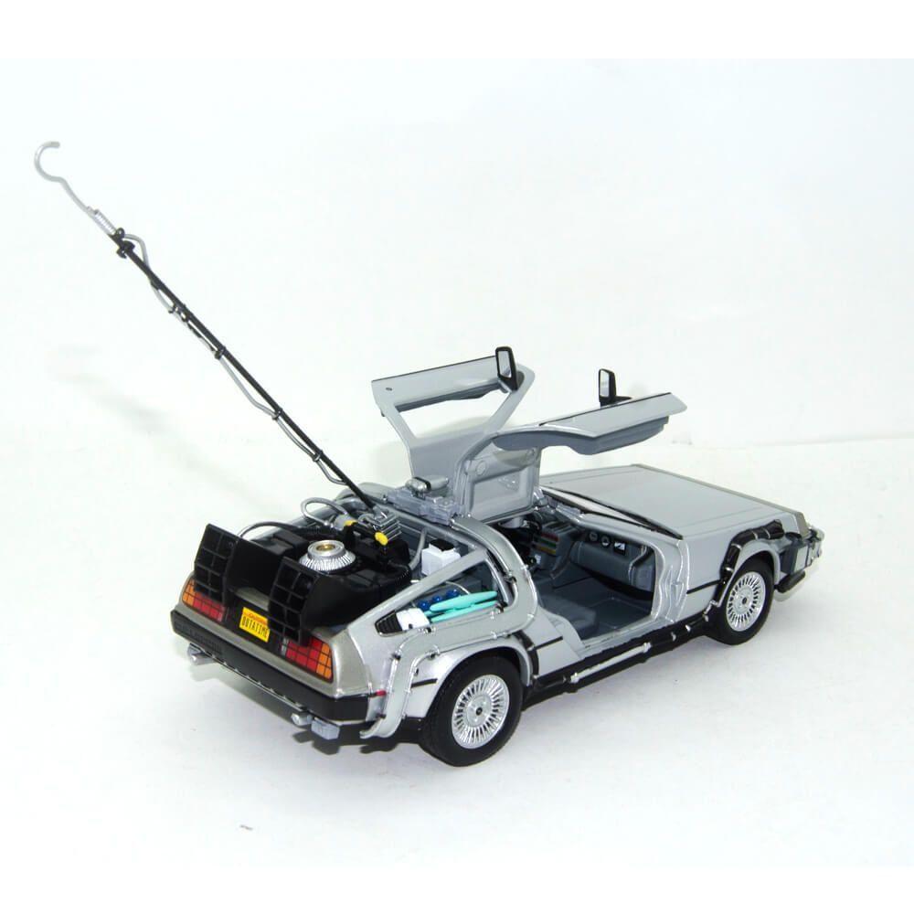 Miniatura Delorean De Volta Para o Futuro 1 1/24 Welly
