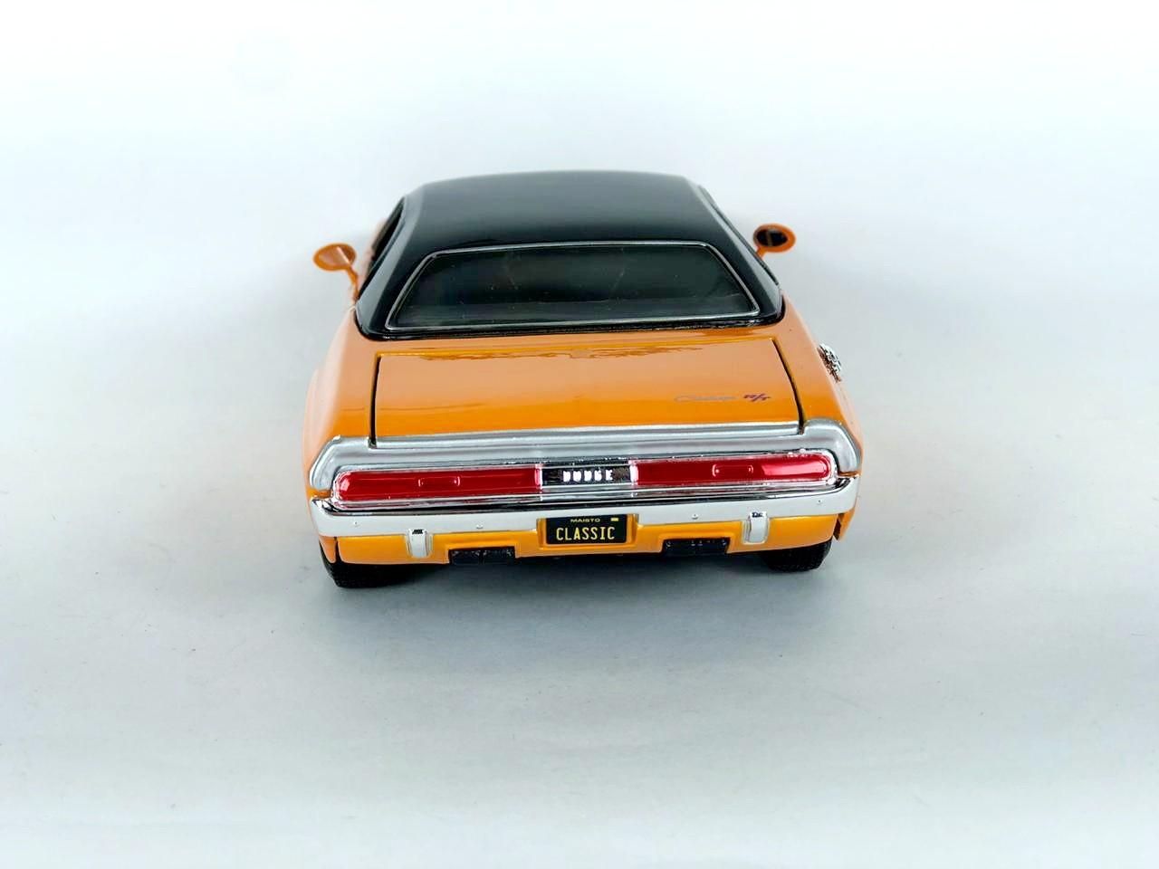 Miniatura Dodge Challenger R/T 1970 1/24 Maisto