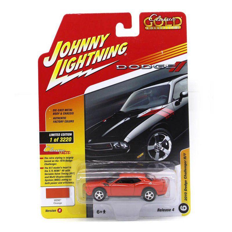Miniatura Dodge Challenger RT 10 1/64 Johnny Lightning Classic Gold 2017 4 A