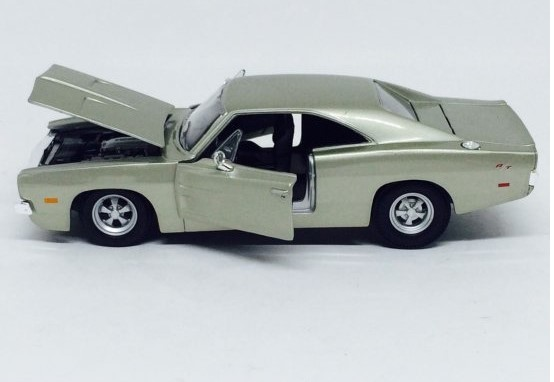 Miniatura Dodge Charger 1969 1/24 Maisto
