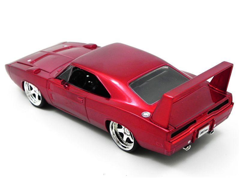 Miniatura Dodge Charger Daytona Toretto Velozes e Furiosos 4 1/24 Jada