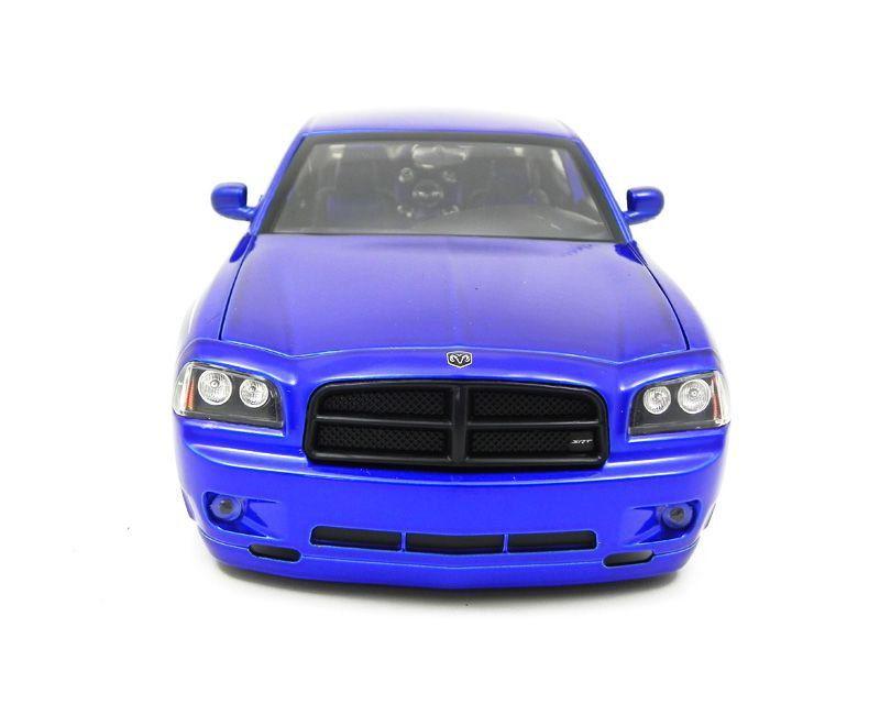 Miniatura Dodge Charger SRT8 2006 Lopro 1/18 Jada Toys