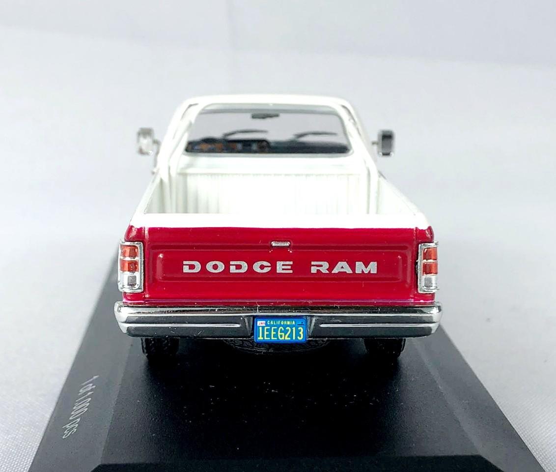 Miniatura Dodge Ram 1987 1/43 Whitebox