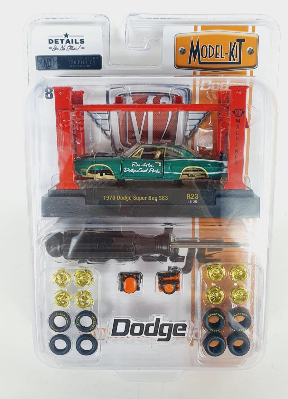 Miniatura Dodge Super Bee 383 1970 Elevador Troca Rodas 1/64 M2 Chase