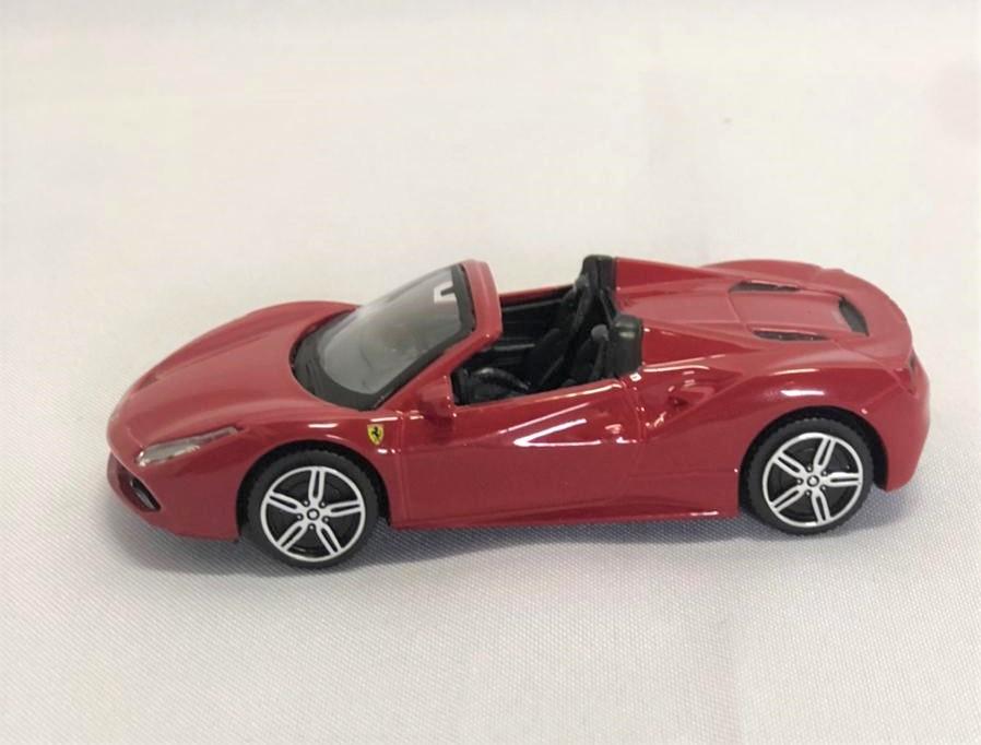 Miniatura Ferrari 488 Spyder Race & Play 1/43 Bburago