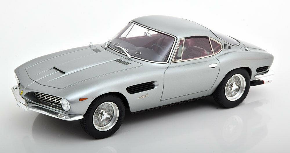 Miniatura Ferrari Berlinetta Passo Corto Lusso Bertone 1962 prata 1/18 Matrix