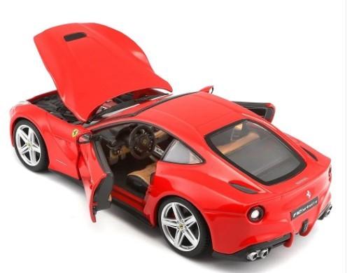 Miniatura Ferrari F12 Berlinetta Race & Play 1/24 Bburago