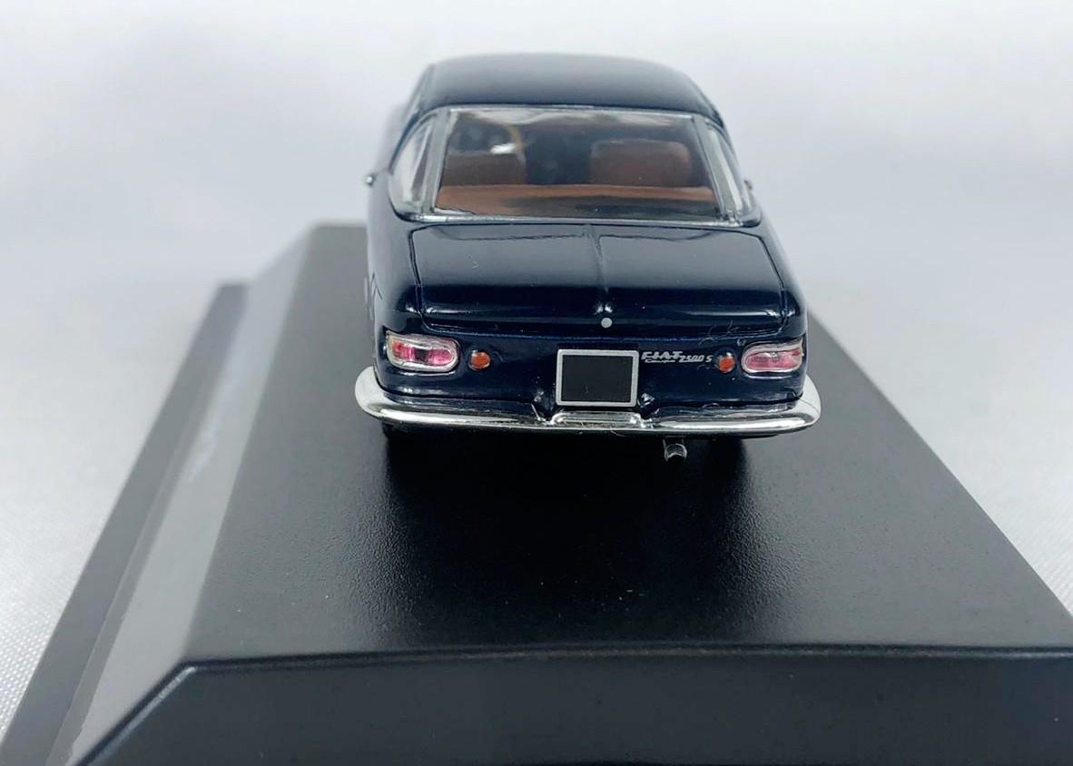 Miniatura Fiat 2300 Coupe 1961 Azul 1/43 Starline