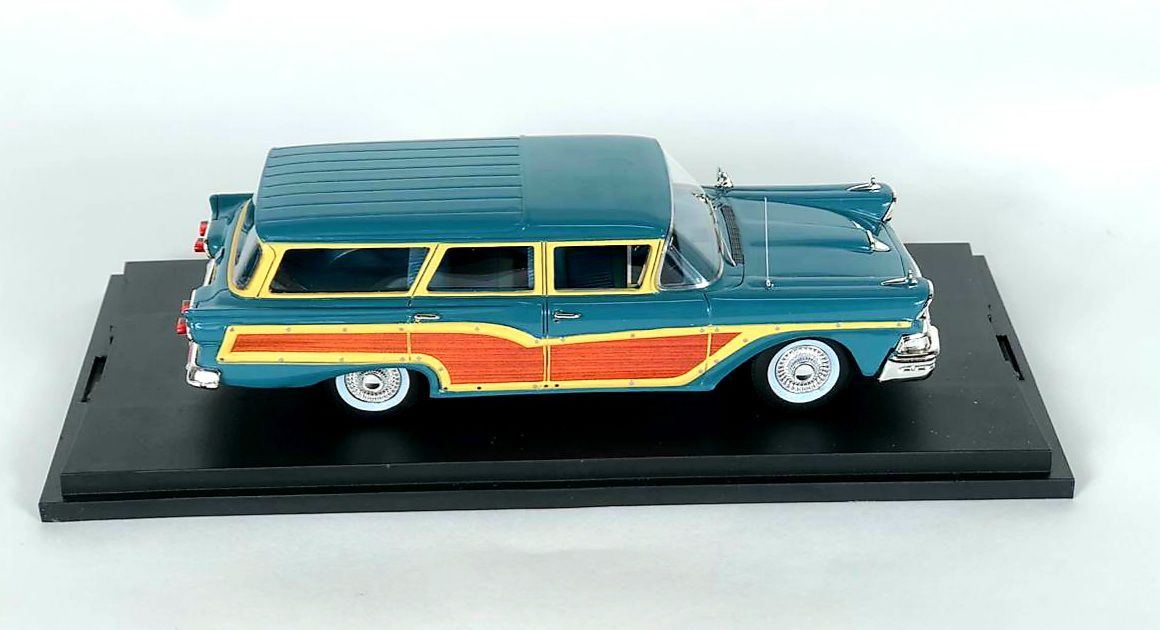 Miniatura Ford Country Squire Gulfstream 1958 1/43 Goldvarg Collection