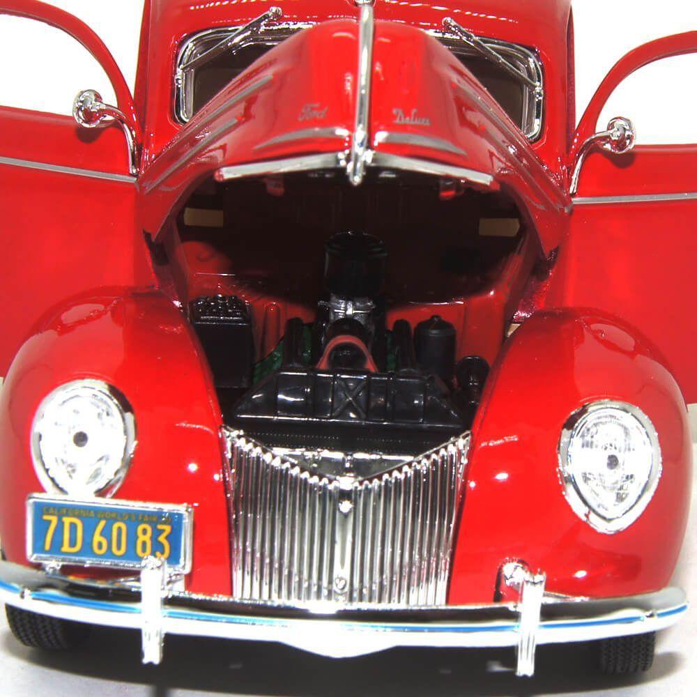 Miniatura Ford Deluxe 1939 Vermelho 1/18 Maisto Special Edition