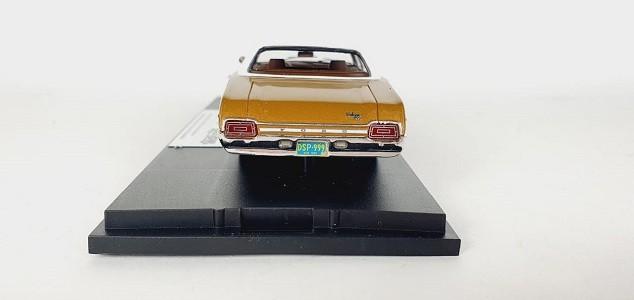 Miniatura Ford Galaxie 1970 Caramel Bronze 1/43 Goldvarg Collection