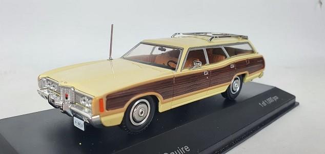 Miniatura Ford LTD Country Squire 1/43 Whitebox