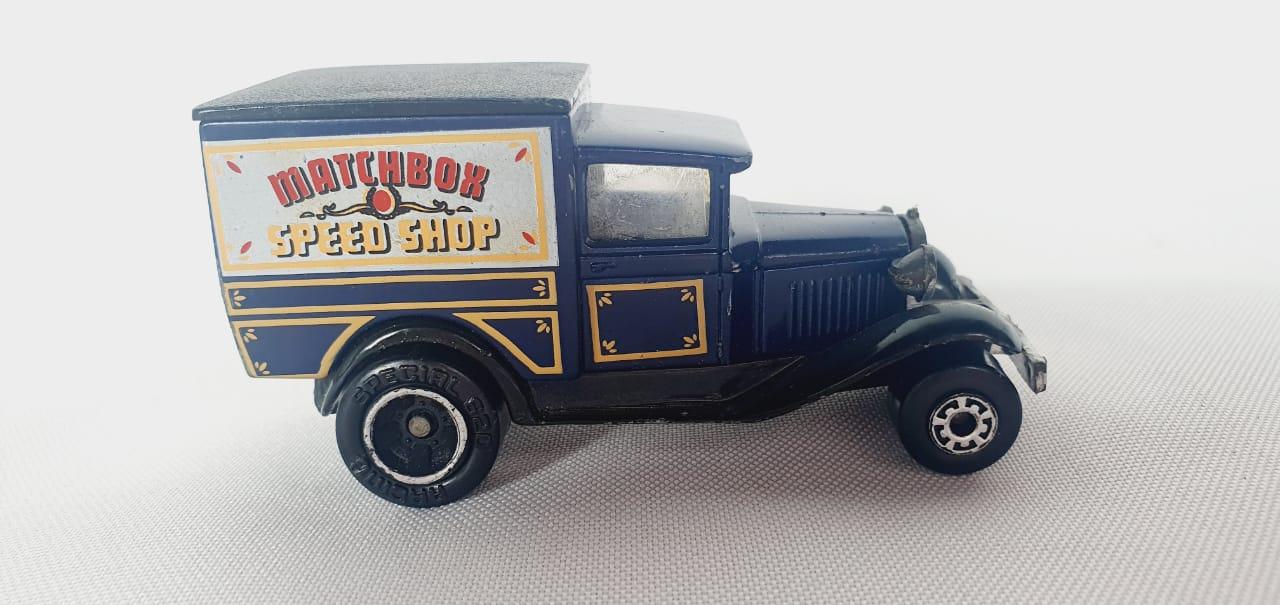 Miniatura Ford Model A Superfast 1/64 Matchbox