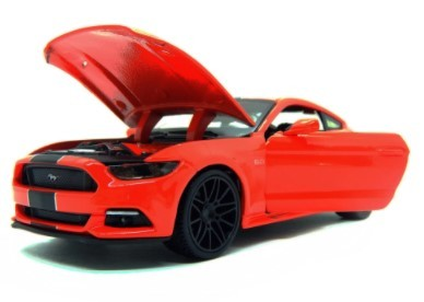 Miniatura Ford Mustang GT 2015 1/24 Maisto