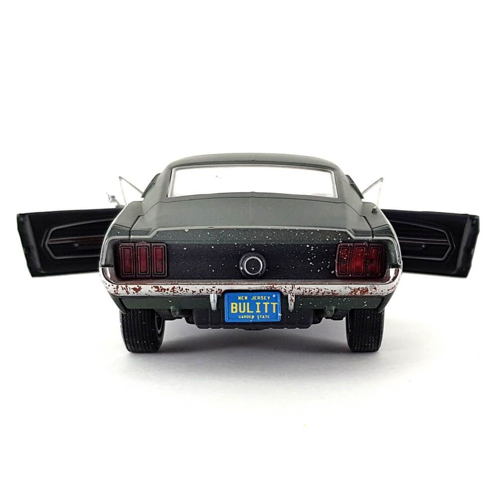 Miniatura Ford Mustang GT Fastback 1968 Unrestored Steve McQueen Collection 1/24 Greenlight