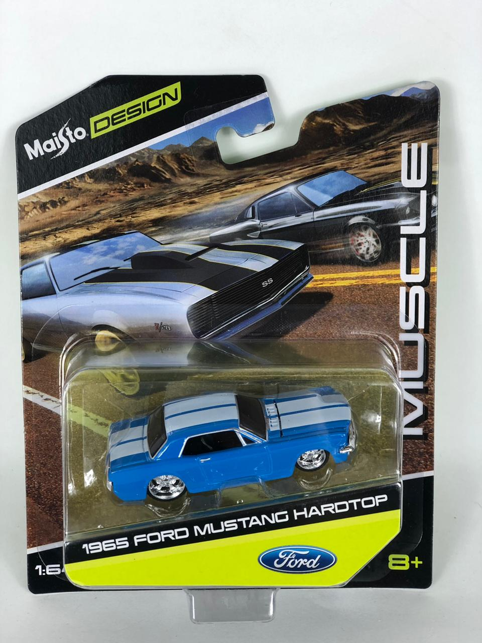Miniatura Ford Mustang Hradtop 1965 Muscle 1/64 Maisto