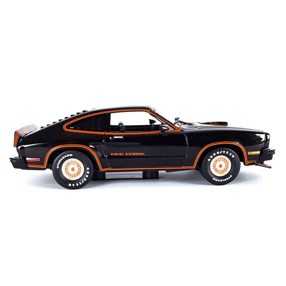 Miniatura Ford Mustang II King Cobra 1978 Preto e Dourado 1/43 Greenlight