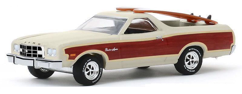 Miniatura Ford Ranchero Squire 1973 com Pranchas de Surf 1/64 Greenlight