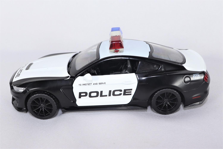 Miniatura Ford Shelby GT350 Polícia Luz e Som 1/32 California Action